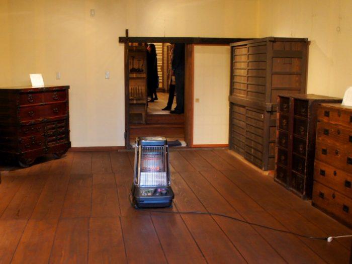 越前箪笥の産地歩きと組木パズル体験