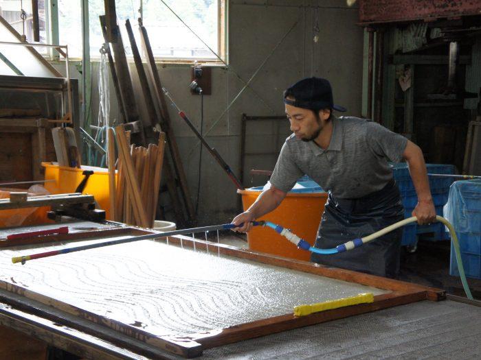 伝統とチャレンジ 越前和紙の「今」に出会う旅